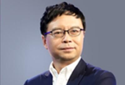 新时代面向未来的翻译教育 - 何恩培
