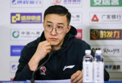 """走近""""中国最好的篮球翻译""""- 郭维盛"""